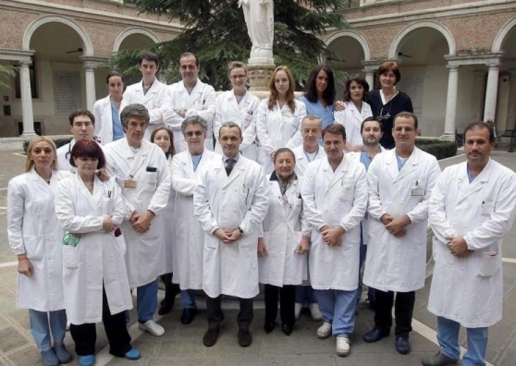 l'équipe del reparto Chirurgia epatobiliare e Centro trapianto di fegato